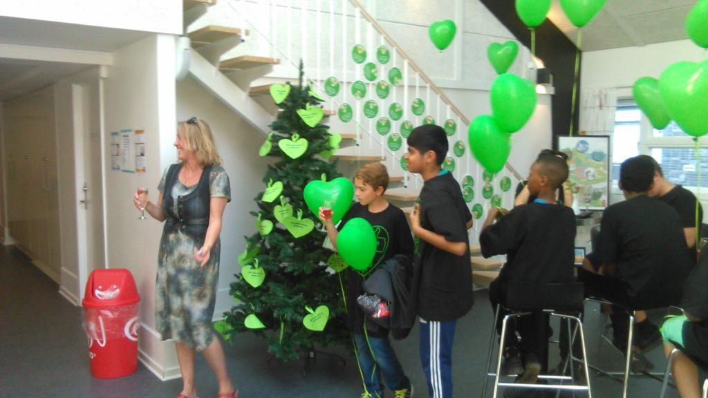 Der var grønne balloner og stort engagement